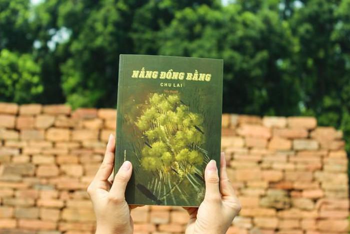 Review sách Nắng Đồng Bằng
