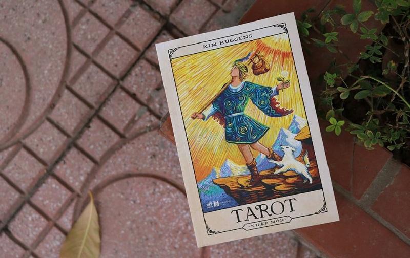 Review sách Tarot Nhập Môn