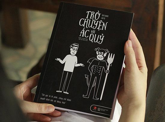 Review sách Trò Chuyện Với Ác Quỷ
