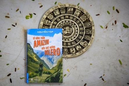 Review sách Từ Rừng Thẳm Amazon Đến Quê Hương Bolero