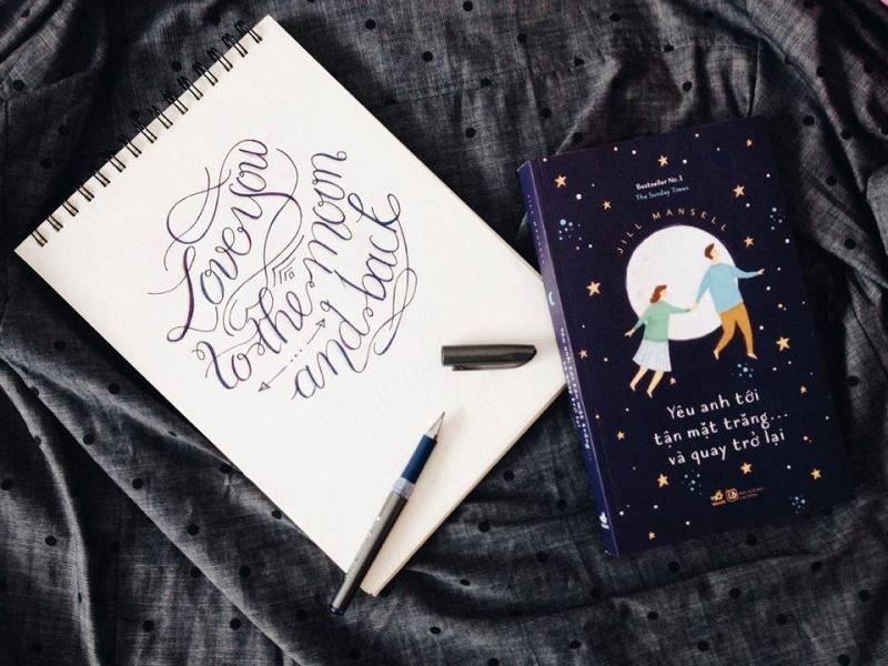 Review sách Yêu Anh Tới Tận Mặt Trăng Và...Quay Trở Lại