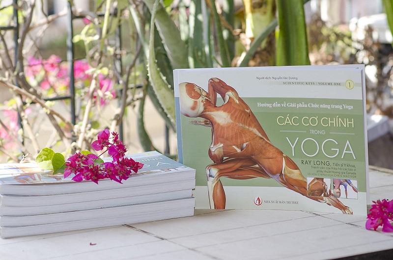 Review sách Các Cơ chính trong Yoga - Hướng dẫn về Giải phẫu Chức năng trong Yoga