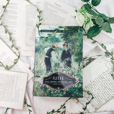 Review sách Julie Hay Nàng Héloïse Mới