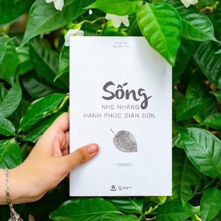Review sách Sống Nhẹ Nhàng, Hạnh Phúc Giản Đơn